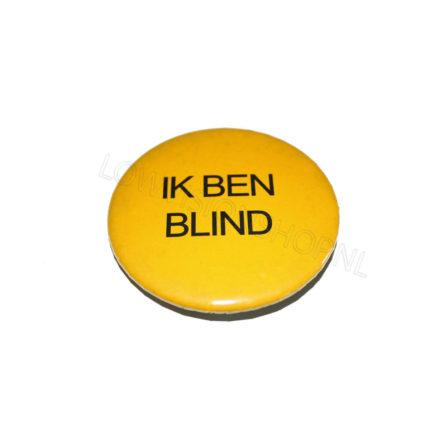 """Button """"ik ben blind"""" ST100101"""